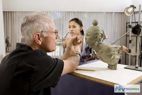 Richard MacDonald 雕塑