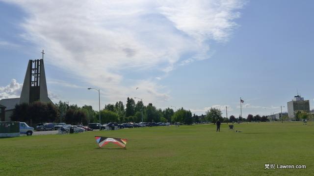 在安克雷奇的公園放大型風箏