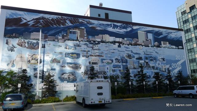 安克雷奇大會堂 Anchorage City Hall 旁的牆畫