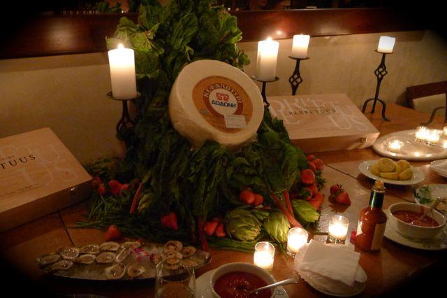 Thalassa Restaurant 是紐約著名的希臘餐廳,以海鮮最為吸引,餐時小食為生蠔生蜆,非常鮮甜。