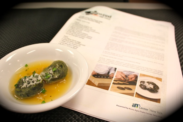 紫菜蘑菇苔雲吞 Truffle of the Sea Pasta with Mushroom Duxelle Filling - Korean Seaweed - Beyond Sushi and Salad - New York event